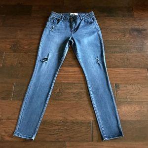 CAbi Distressed Curvy Skinny Jean